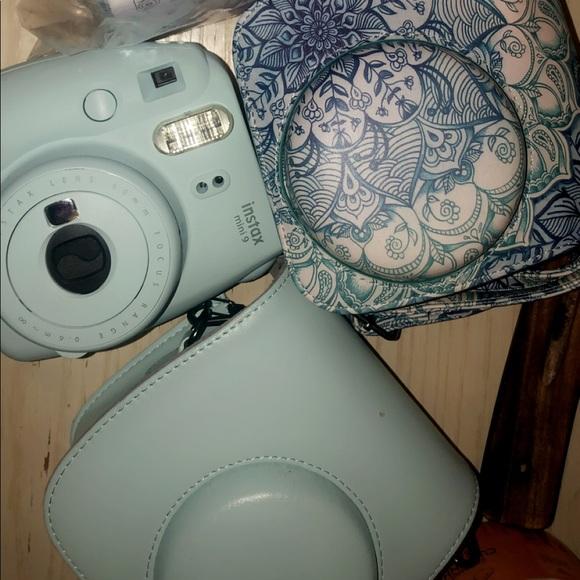 Polaroid mini 9